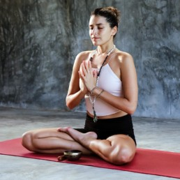 yoga_ale-romo-photography-TdrUCJU6VFs-unsplash